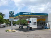 Valero Gas Station Oranjestad Aruba Shopping